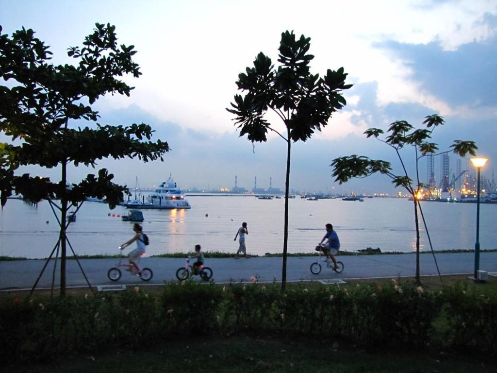 Cyclists@Singapore_West_Coast_Park